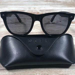 DIFF Eyewear Kota Black/Smoke Polarized Sunglasses